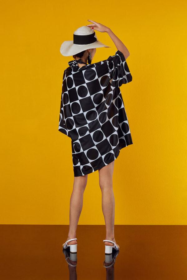 kimono in black and white design by antmarkant