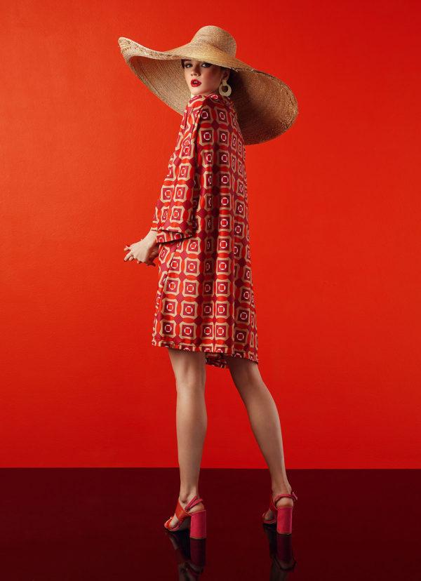 kimono in red design - antmarkant