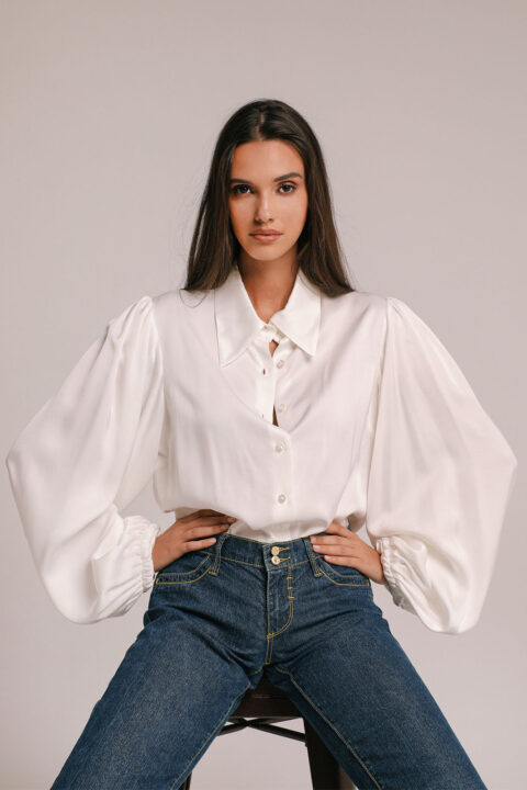 SHIRT IN WHITE COLOR